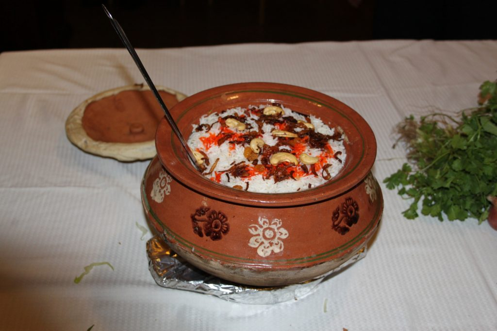 Al Wasmiya's Special Chicken or Mutton Dampukht Biryani