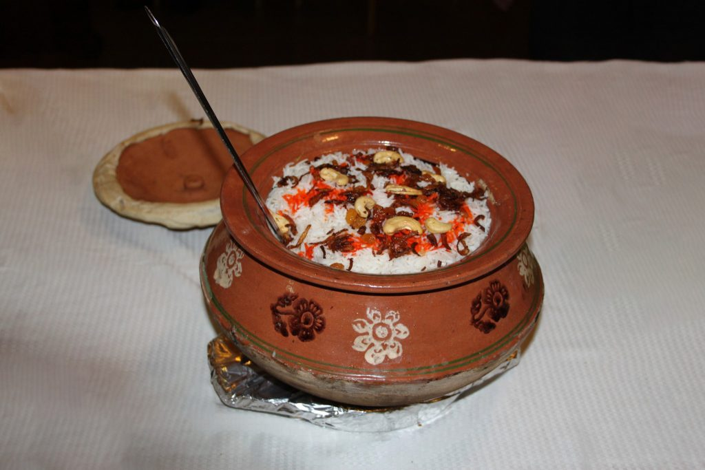 Al Wasmiya's Special Chicken, Mutton or Vegetable Dampukht Biryani