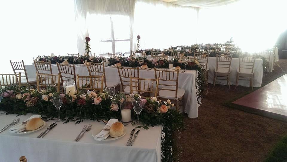 متوفر خيمة لترتيبات الزفاف