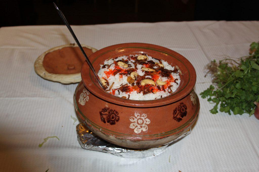 Al Wasmiya's Special Chicken or Mutton Dampukht Biryani