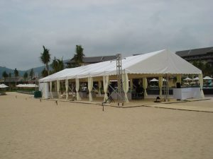 Tent with open side walls